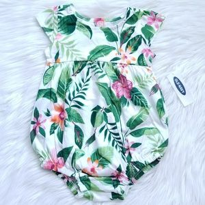 NWT Old Navy Tropical Print Romper Size 3-6 Months